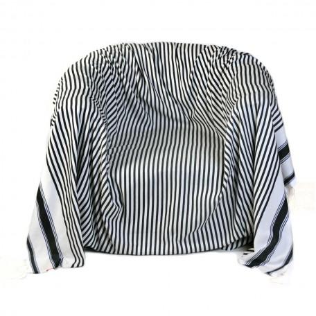 Jeté de fauteuil 2x2m , 100% coton, fond blanc et rayures bleu roi et marine - M2