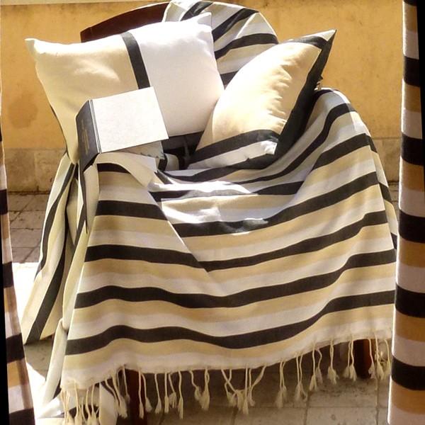 jet de fauteuil dimension 2x2m composition 100 coton d1. Black Bedroom Furniture Sets. Home Design Ideas